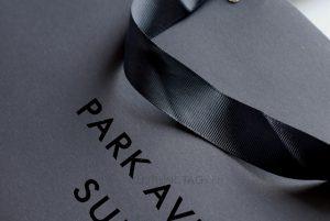custom printed uv logo cheap luxury black paper bags for clothing 557