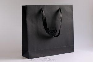 custom printed luxury Embossed black paper shopping bags add satin rope
