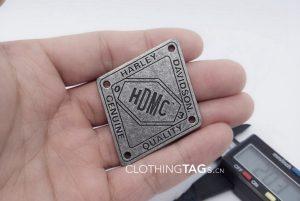 metal-tags-1054