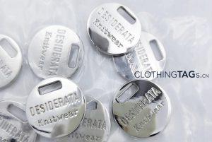 metal-tags-1070