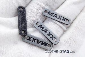 metal-tags-1073