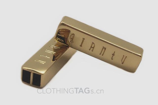 Metal tags 0920