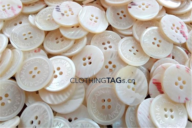 Trocas shell buttons