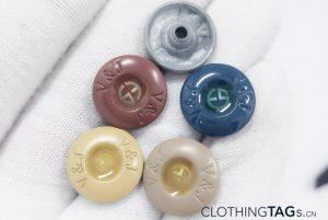 Jeans-Buttons-Rivets-473