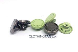 Jeans-Buttons-Rivets-526