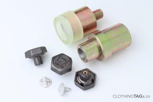 Jeans-Buttons-Rivets-529
